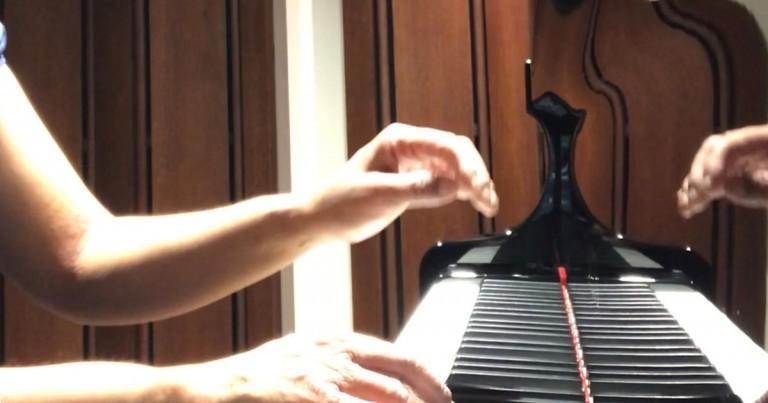main_pianorestart02